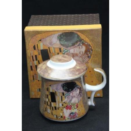 P.P.W3A19-24672 Porcelán bögre tetővel,szűrővel 350ml, Klimt:The Kiss