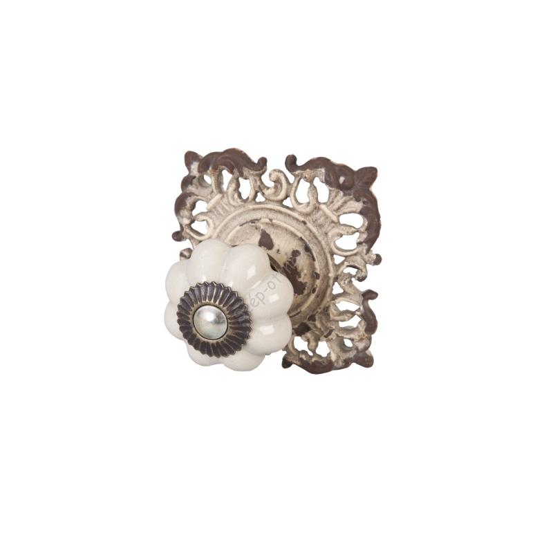 Clayre & Eef 61937 Ajtófogantyú 6x6,5cm,fehér,fém díszes alátéttel