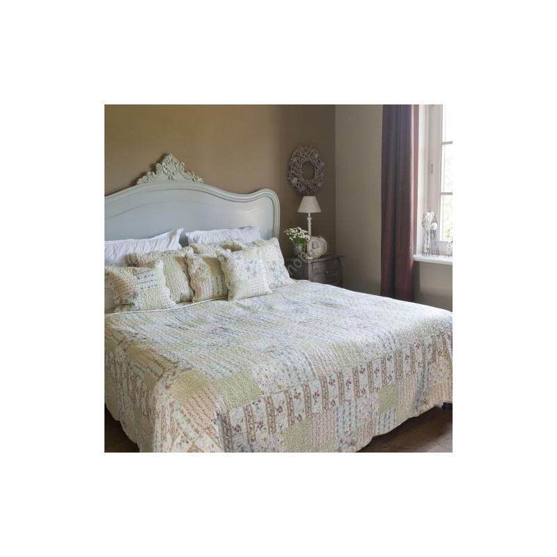 Clayre & Eef Q134.059 Steppelt ágytakaró 140x220cm,apró virágos